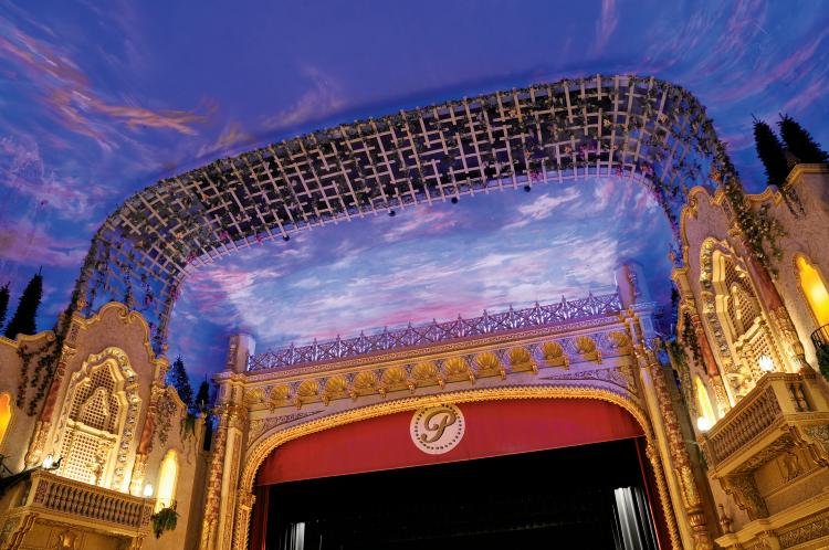 Paramount Theatre in Anderson, IN